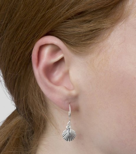 Syster P Beaches shell earrings silver