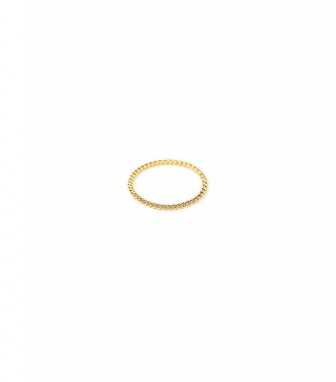 Syster P Tiny Twisted Ring Gold